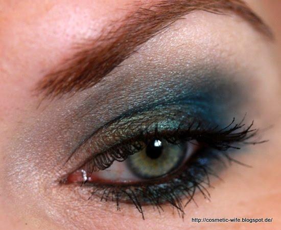 http://cosmetic-wife.blogspot.de/2013/12/amu-urban-decay-vice-2-4.html
