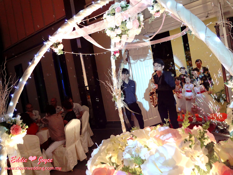 Clover wedding eddie tohjoyce wongs wedding dinner skt banquet eddie tohjoyce wongs wedding dinner skt banquet muar junglespirit Gallery