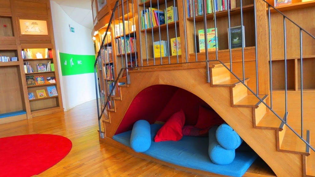 casa da cultura de estocolmo kulturhuset infantil ca adores de bibliotecas. Black Bedroom Furniture Sets. Home Design Ideas