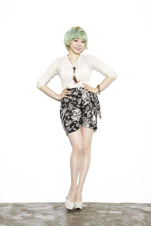 "Sunny to Sing New OST track entitled ""Second Drawer"" for MBC's ""The Queen's Classroom"""