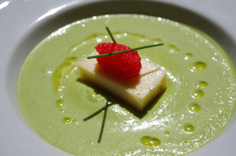 Fentdetutto: Crema fría de guisantes con almendra