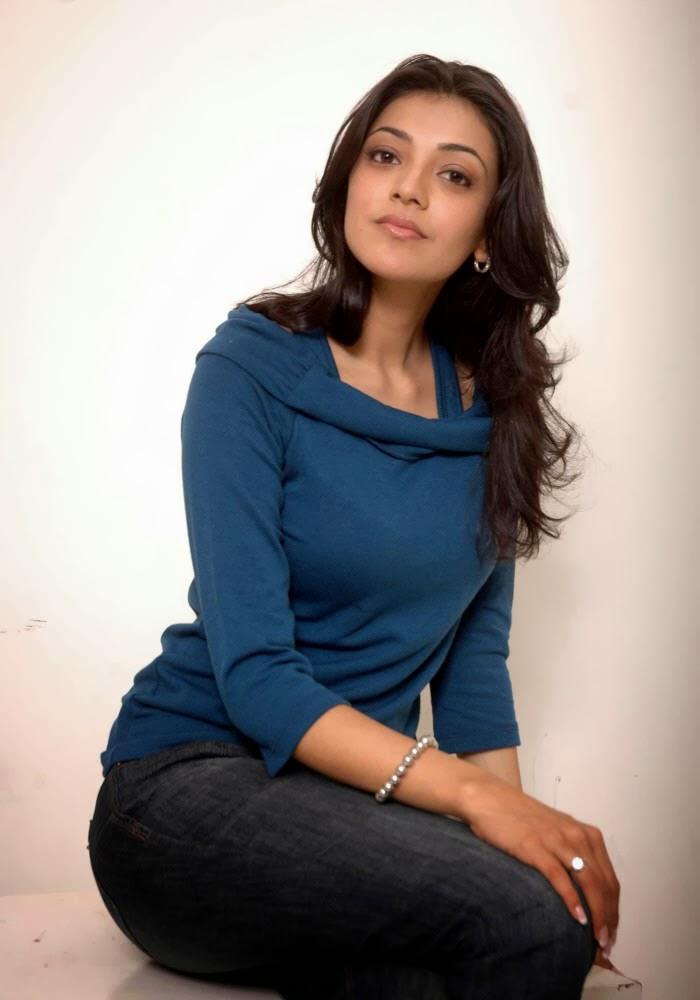 Kajal+Agarwal+in+blue+top+and+jeans006