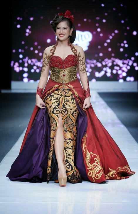 Indonesian Modern Kebaya - By Anne Avantie #indonesian fashion #indonesian culture