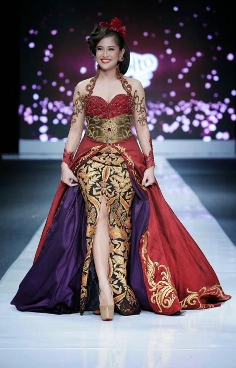 Indonesian Modern Kebaya - By Anne Avantie #indonesian fashion #indonesian culture