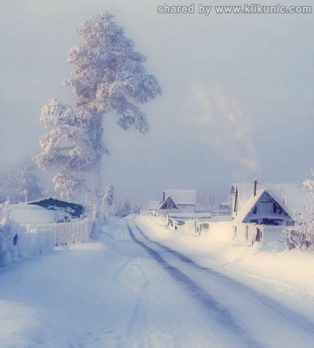http://1.bp.blogspot.com/-hWGzMKBdyp8/TXNbJcW23nI/AAAAAAAAP-E/6YzlATfHA-s/s1600/winter_15.jpg
