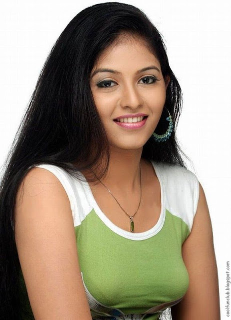 Anjali, Indian Film Actress and Model Photoshoot