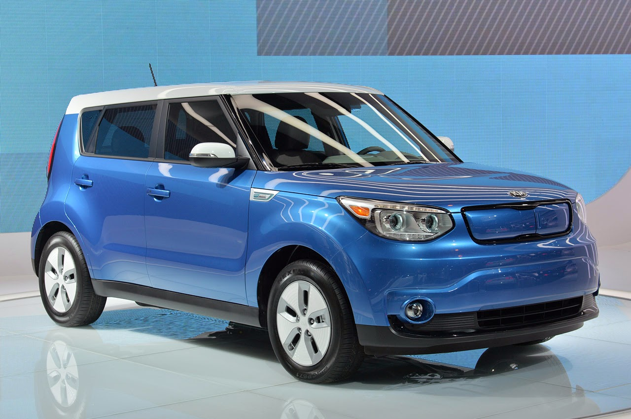 automotiveblogz 2015 kia soul ev chicago 2014 photos. Black Bedroom Furniture Sets. Home Design Ideas