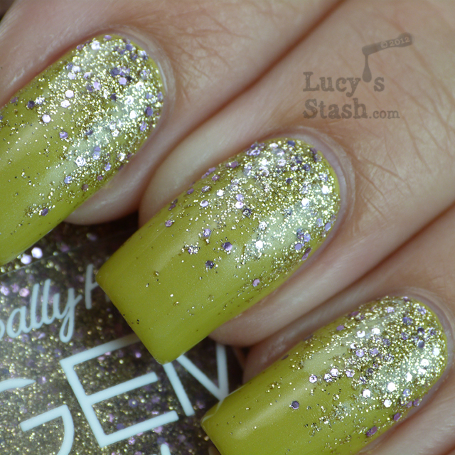 Lucy's Stash - Glitter gradient nail art