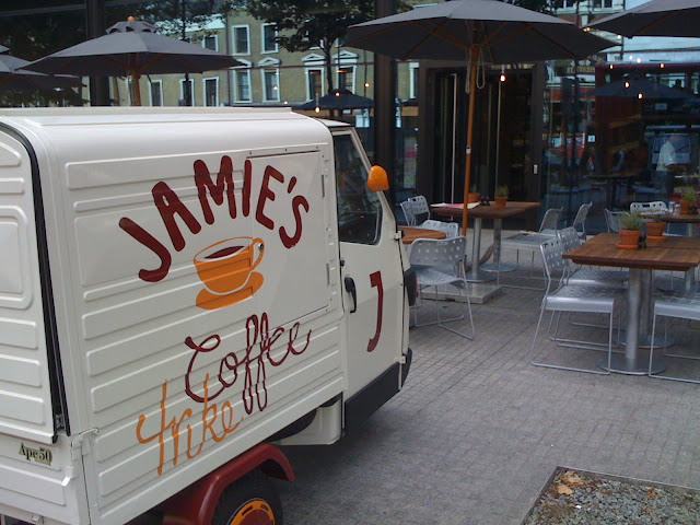 Jamies+Italian+Islington+review+Angel+Building+coffee+van