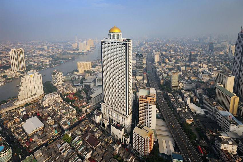 Condo State Tower Silom