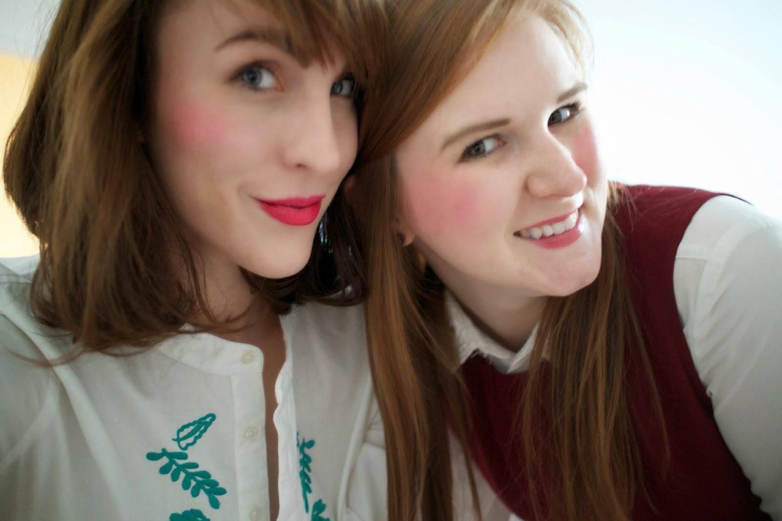 pretty posh oh my gosh blogging duo best friends