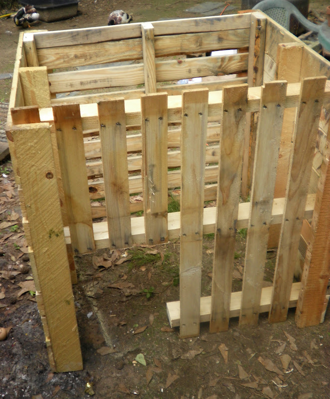 simply self sufficiency duck pallet house