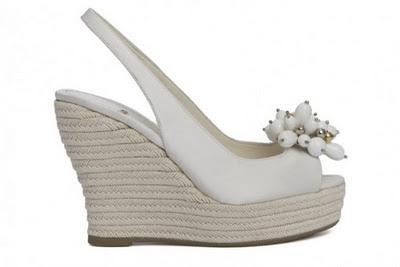 Zapatos trabajados artesanalmente con suma delicadeza.