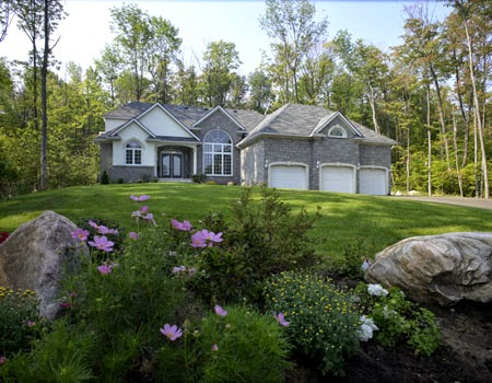 Beaver homes cottages the pros know packages are the for Home hardware cottage packages