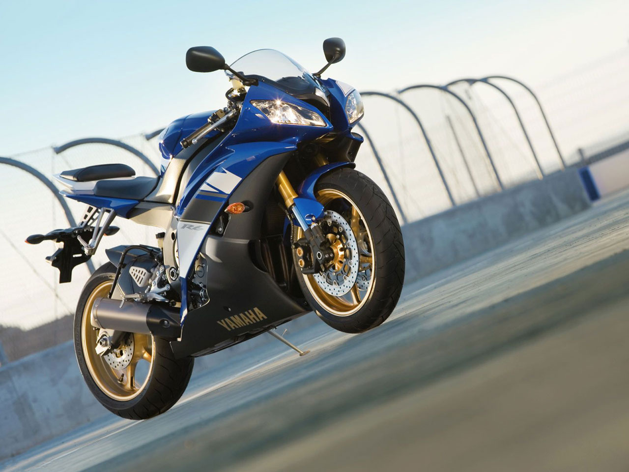 Yamaha R6 Sports Bike HD Motorcycles Wallpapers
