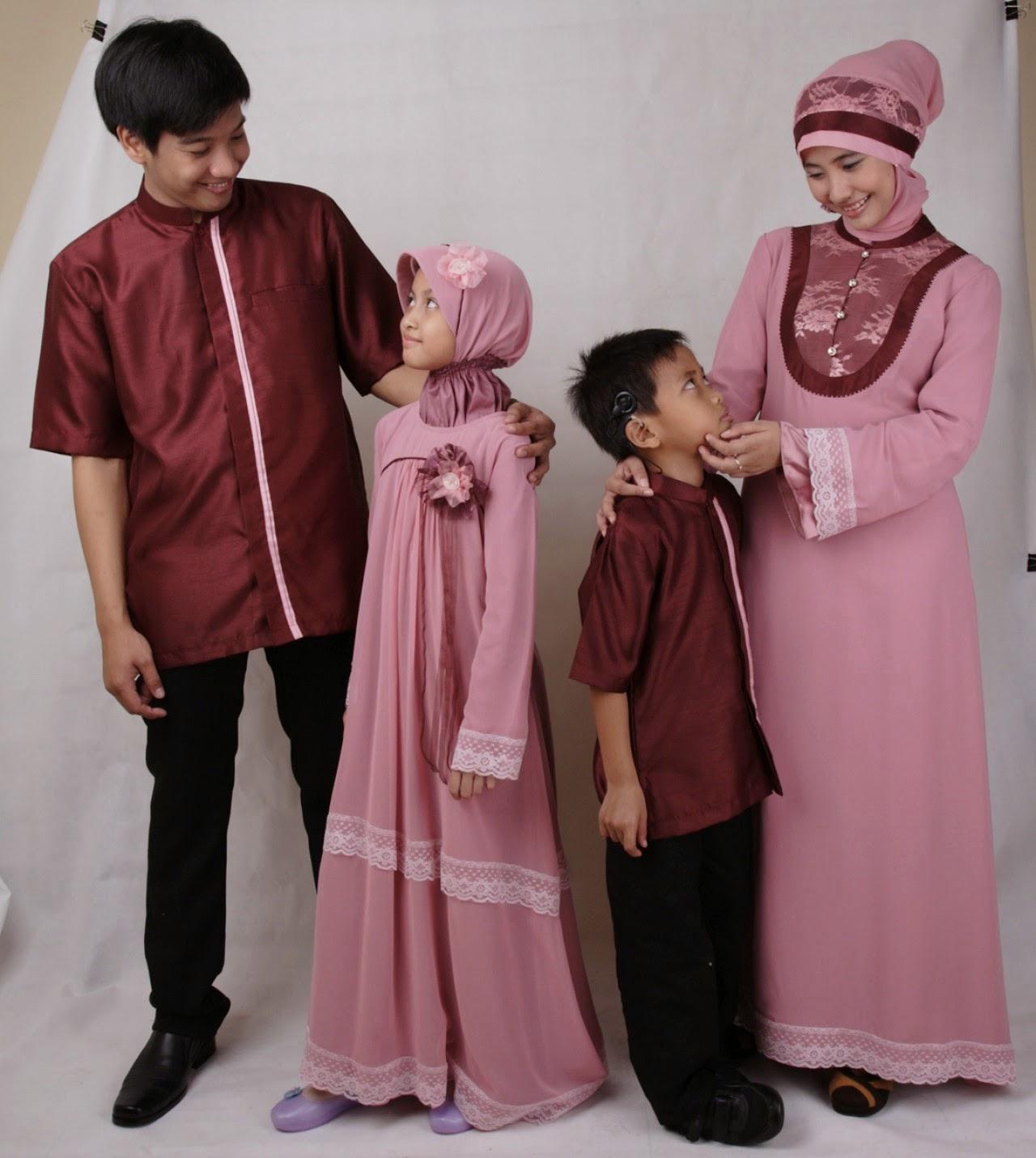 Model Baju Keluarga Muslim Seragam Kembar Terbaru 2017