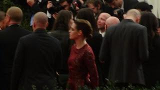 Kristen Stewart - Imagenes/Videos de Paparazzi / Estudio/ Eventos etc. - Página 31 DSC01389