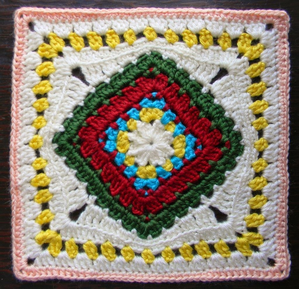 Free Crochet Granny Square Pattern - Diamond in the Rye
