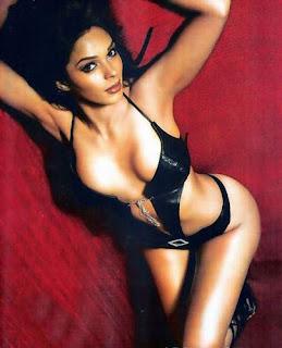Sexy star of Hisss, Mallika Sherawat