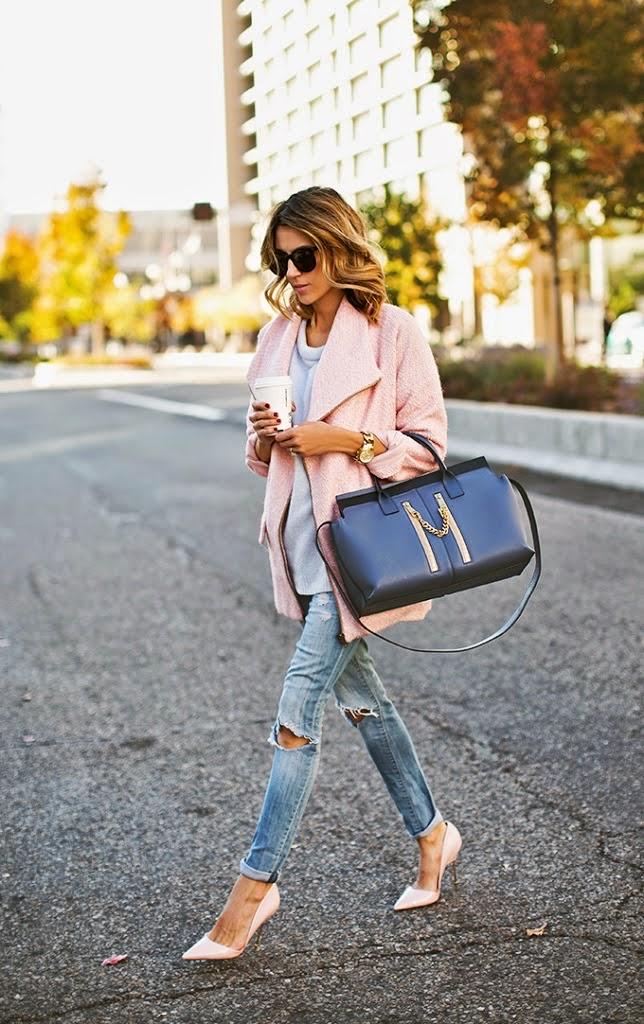 combinar abrigo rosa