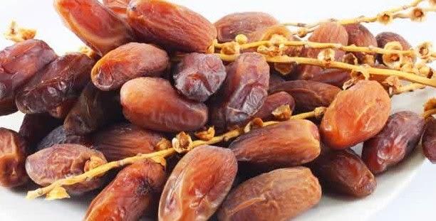 manfaat buah kurma untuk buka puasa