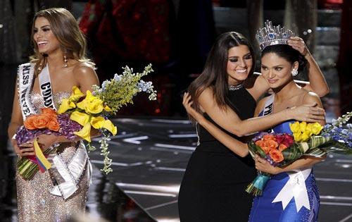 Kesalahan Penyebutan Pemenang Miss Universe Yang Membuat Heboh
