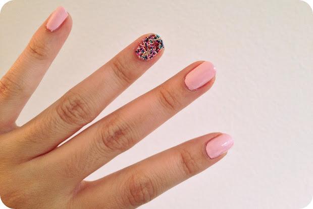 polish post cupcake sprinkle nails