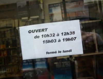 http://www.saint-malo-tourisme.com/organiser/shopping/commerces/137701-librairie-noir-sur-blanc
