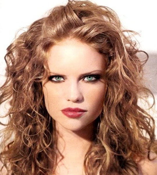 Hairstyles Curly Hair Women | Hairstyles For 2010 For Women
