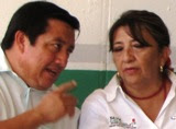Aspirantes PRI alcaldia Calkini Vctor Cauich y Silvia Aviles. 16sep2011.