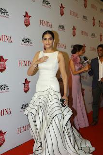 Actress Sonam Kapoor Pictures in White Stylish Dress at The Femina Beauty Awards 2015 14