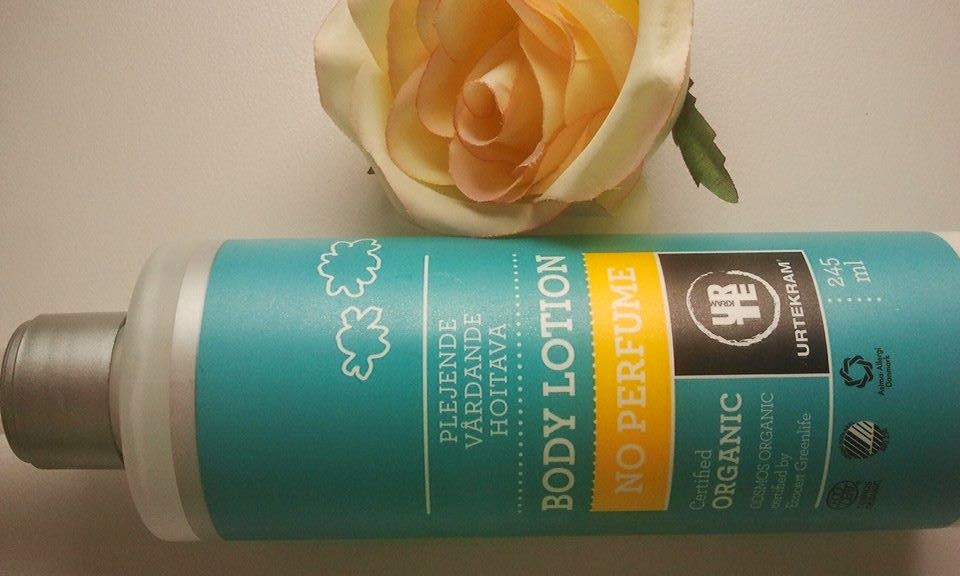 Urtekram-No-Perfume-body-lotion-with-my-rose-on-the.-table