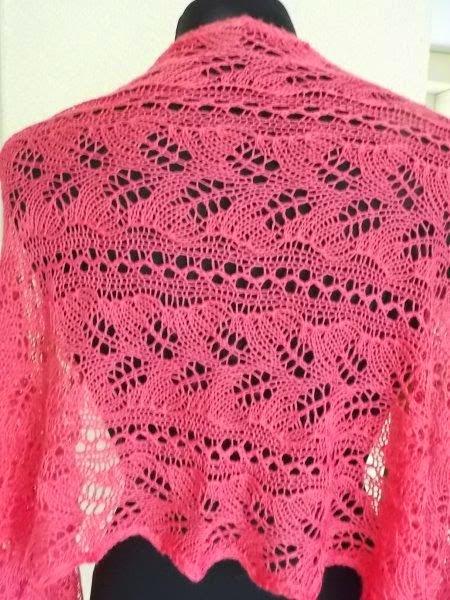TE KOOP:Merino silk fuchsia roze shawl