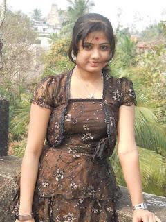 chubby Indian girl.