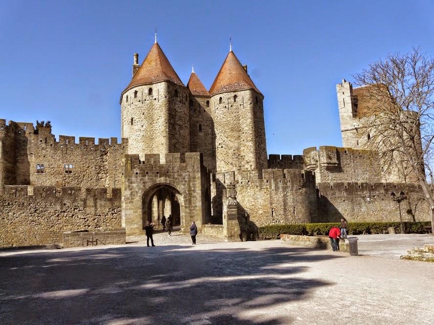 Los ciutadins pont levis et porte narbonnaise d 39 hier for Porte narbonnaise