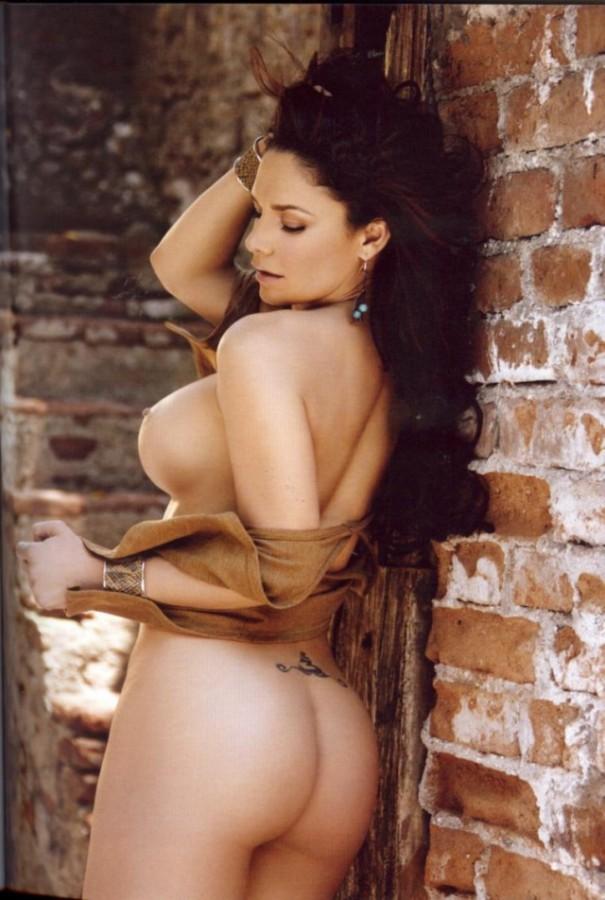 Liz Vega nackt Bilder