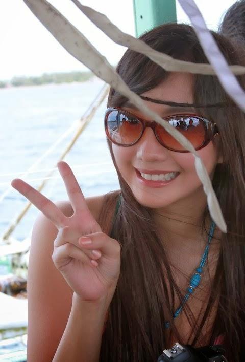 alodia gosiengfiao beach bikini photos 03