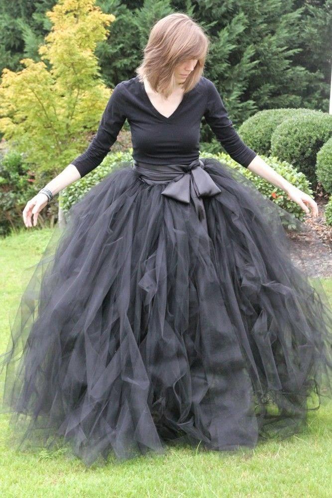 Bruja falda tul negro