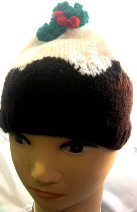 FREE CHRISTMAS PUDDING BEANIE HAT KNITTING PATTERN
