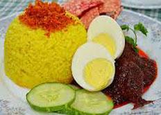 Resep praktis (mudah) nasi kuning spesial (istimewa) enak, gurih, lezat