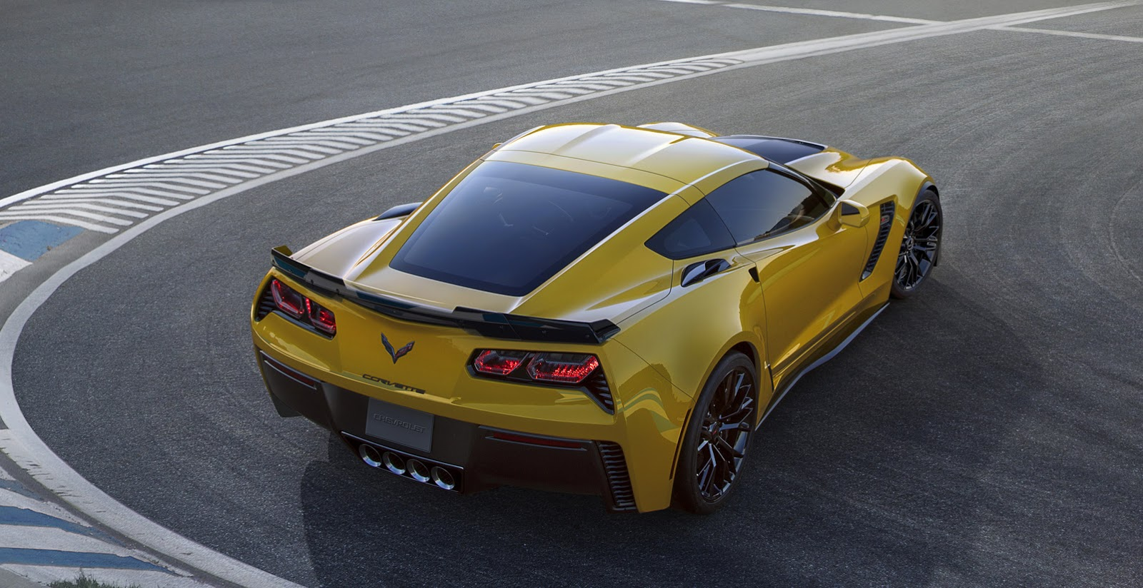 New 2015 Corvette Stingray Z06 is Bloody Fast Hits 60mph in 295