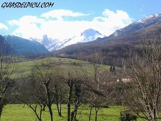 El Picu desde el pozo de la oracion , blog de Fernando Calvo Guia de montaña