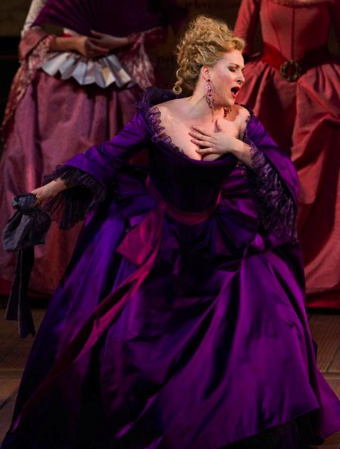 Opera Fresh: Diana Damrau Looks Glorious Post-Pregnancy in ...
