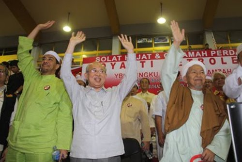 pas-ku-li-menang-gua-musang