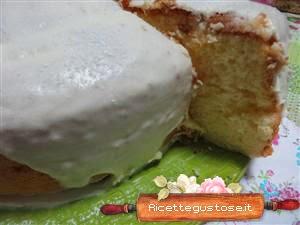 http://www.ricettegustose.it/Ciambelloni_html/Chiffon_cake_al_maraschino_crema_ganache_cioccolato_bianco.html