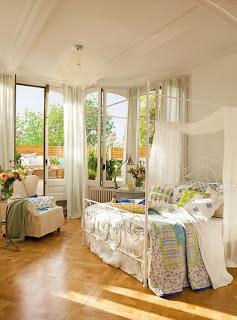 romantic bedroom design with semicircular windows 2 554x748 Desain Kamar Tidur Romantis Dengan Jendela setengah lingkaran