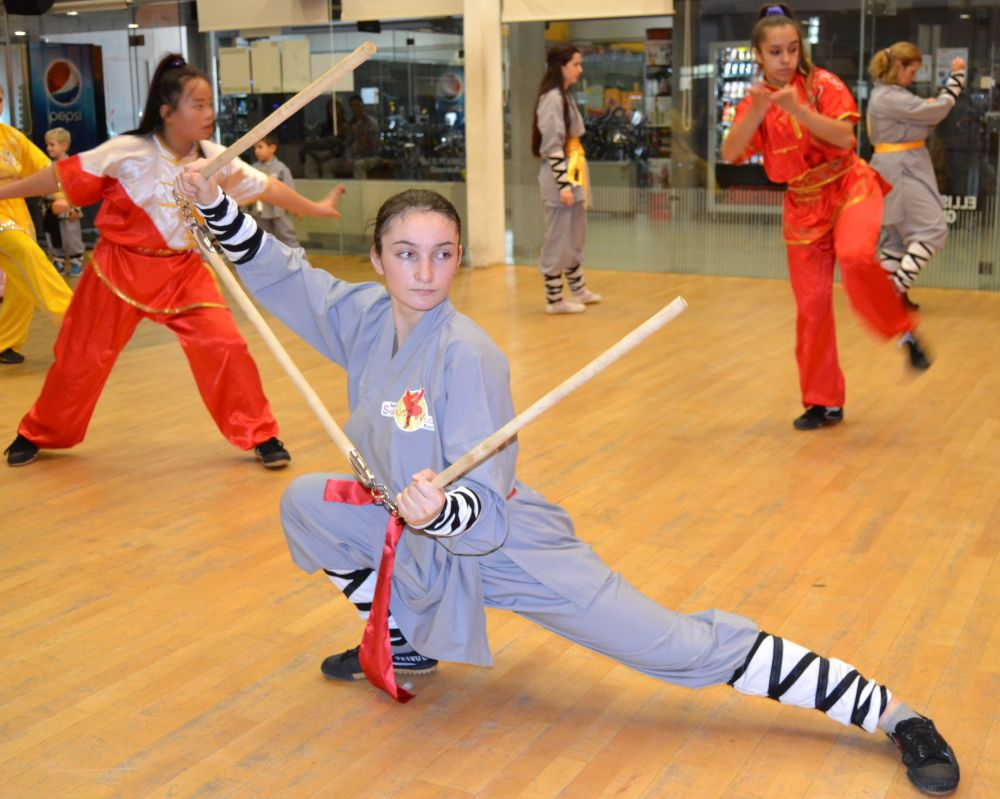 Infantil Defensa personal Infantil y Adultos - GrandMaster Senna y Master Paty Lee