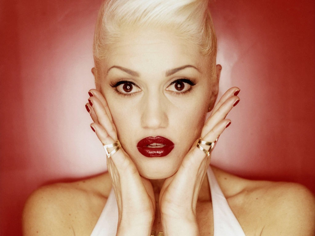 http://1.bp.blogspot.com/-haAYSTwbVCs/TyAPnCCgaEI/AAAAAAAAAao/nzDYVrGKz4I/s1600/Gwen-Stefani.jpg