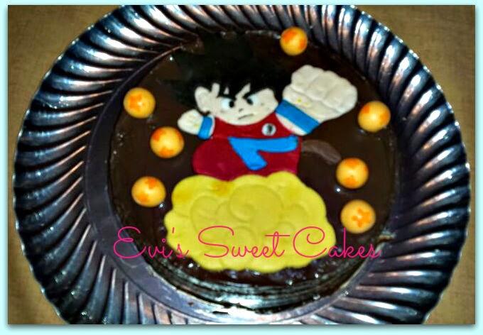 Tarta personalizada en fondant Goku