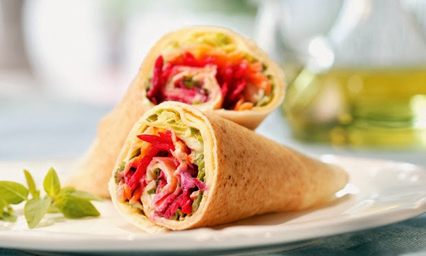 Wrap de salada com iogurte light